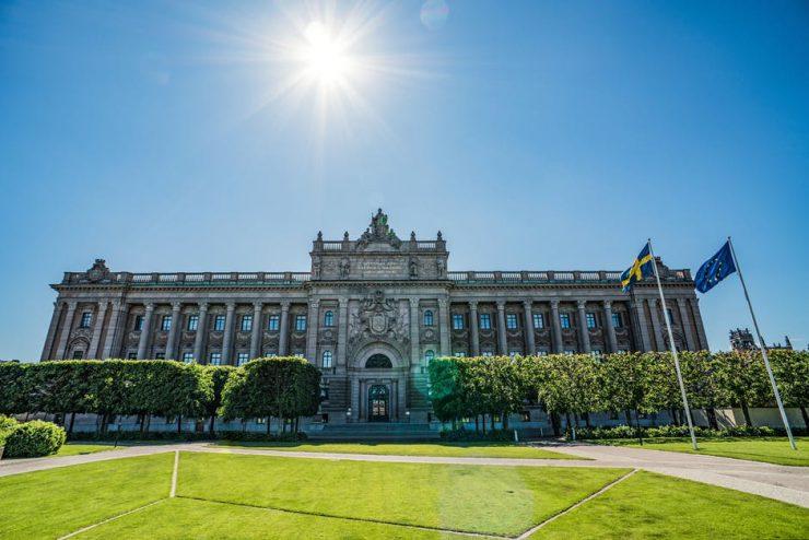 Riksdagshuset nära Sagerska palatset